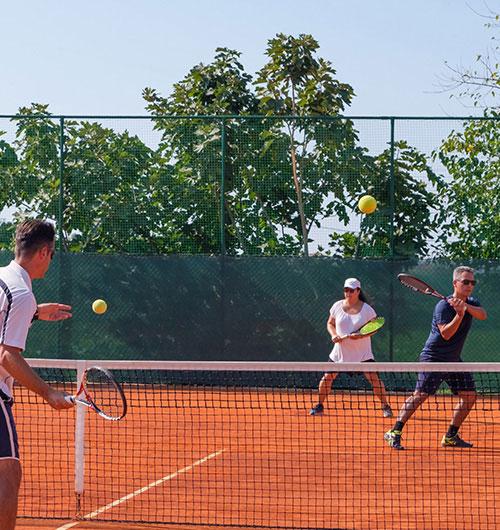 Τένις Ενηλίκων
